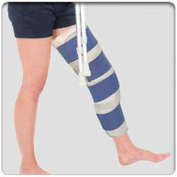 Deluxe Foam Lined - Compression Closure Knee Immobilizer